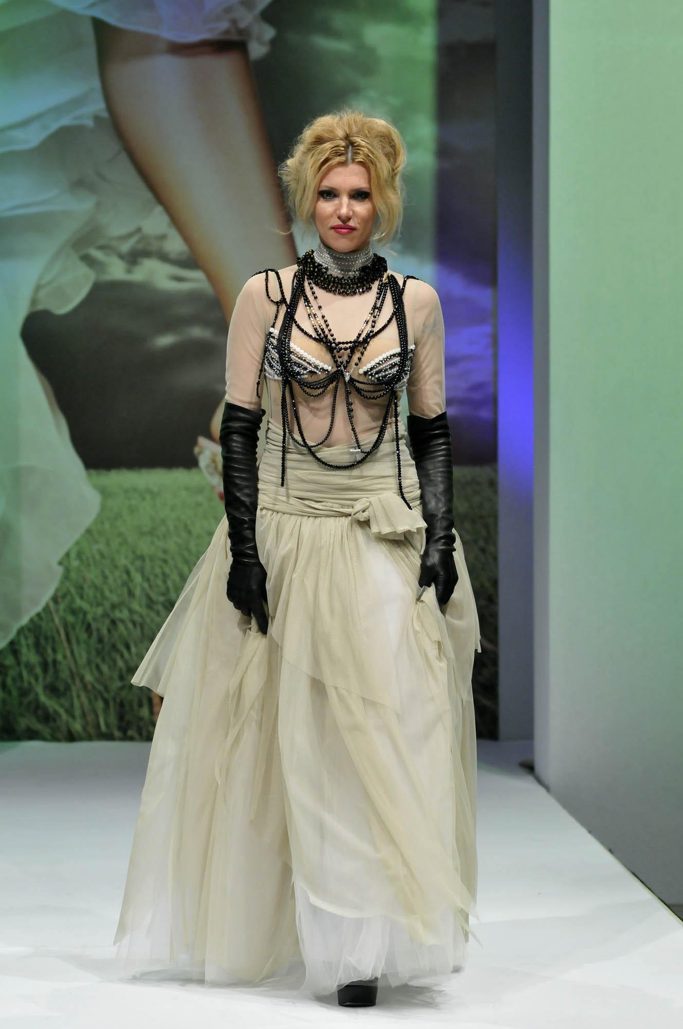 Wedding Show 2011 Biljana Cincarevic