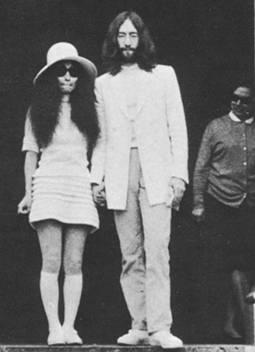 Joko Ono i Džon Lenon na venčanju