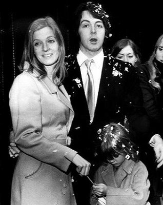 Pol Makartni sa suprugom Lindom