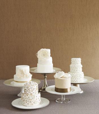 mladenačka torta u vidu više torti sa istom temom