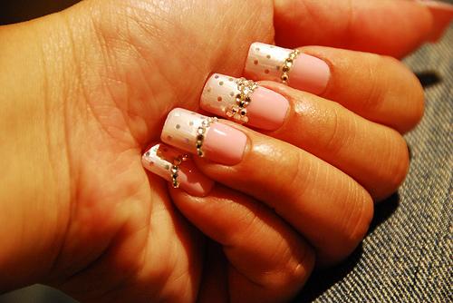nail art sa tačkicama