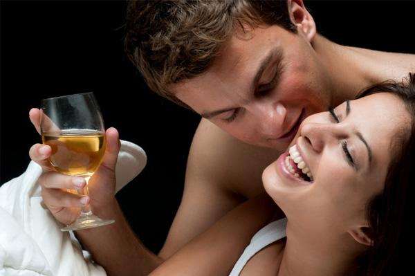 zavođenje uz čašicu alkohola