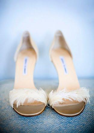 sandale za mladu sa detaljem od perja