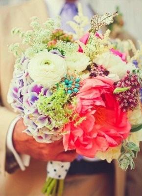 bidermajer od raznovrsnog cveća