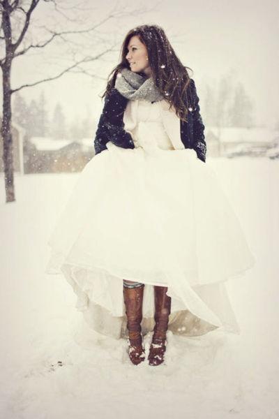 zimska mlada sa jedinstvenim stilom