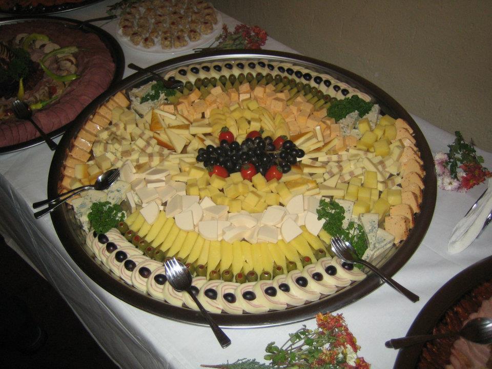 dekorisani oval