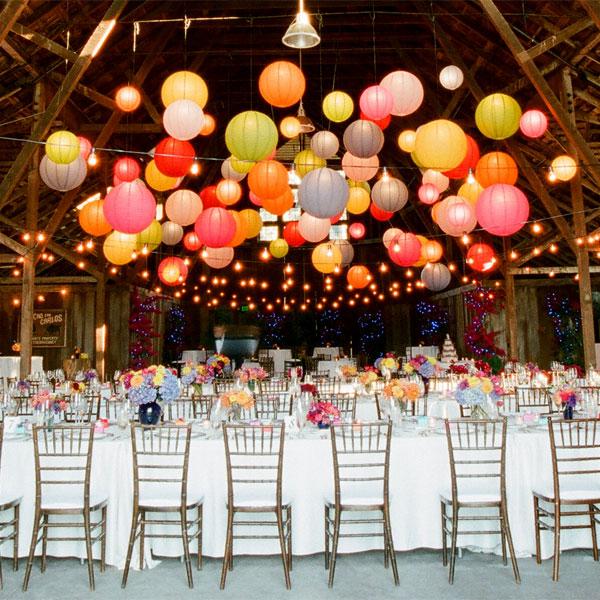 dekoracija venčanja lampionima