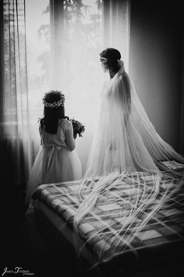 mlada i devojcica