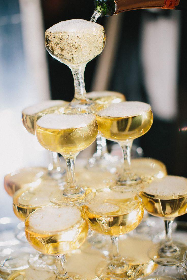 šampanjac na venčanju