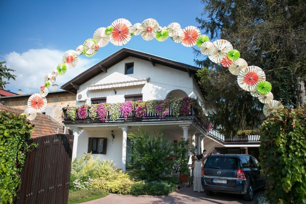 rajska vrata od papirnih rozeta
