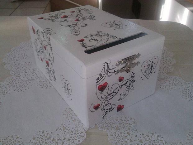 kutija-za-koverte-novac-na-svadbi