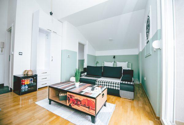 lola-apartmani-borca